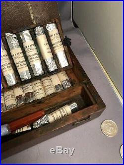 Antique vintage Winsor & Newton Artist Draughtsman's Watercolor lot wood box