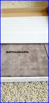 Artograph 940 LX LightPad light box, 12 x 17 inch lit area, Silver