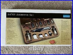 BRAND NEW Aztek A4709 Single/Double Action Internal Mix Airbrush Set Wooden Box