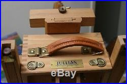 Genuine Vintage Jullian Half Box French Easel