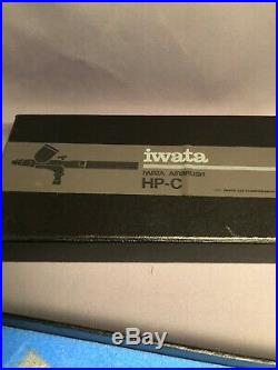 IWATA HP-C Air Brush Airbrush Made in Japan. Box and instructions