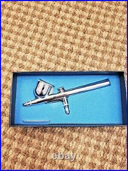 IWATA HP-C H4000 High Performance Airbrush with Box Papers Early 80s Japan