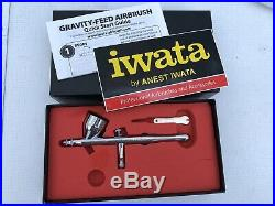 Iwata Revolution CR Gravity Dual Action Airbrush 0.5 mm Hardly Used Boxed