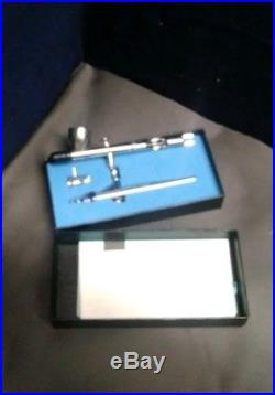 New unused Iwata HP-SB Professional Airbrush set in Box with Instructions Japan