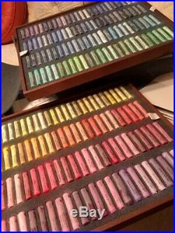 Schmincke Artists Soft Pastels, 400 Pastels in Four Tray Set, Deluxe Wood Box