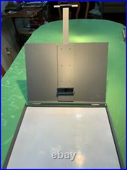 Strada Plein Air Easel Pochade Box