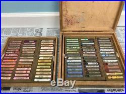 Talens Rembrandt 300H90P soft pastels 90 Pastels/Wood Box Set