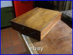 VINTAGE ARTISTS PAINT BOX with EASEL plus pallet and oil paints as shown