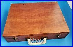 VINTAGE WOODEN OIL PAINTER'S PALETTE CASE BOX CASE WithPAINTS, BRUSHES & MORE