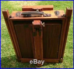 Vintage Innova Portable French Box Easel Boite Chevalet