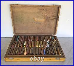 Vintage REMBRANDT By TALENS Soft Artist Pastels 131 + Wooden Storage Box Case