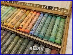 Vintage REMBRANDT SOFT PASTELS for Artists TALENS 60pcs WOODEN BOX /Holland