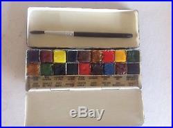 Vintage winsor newton Water Colour Piant Box
